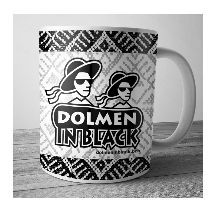 Mug dolmen in Black v8